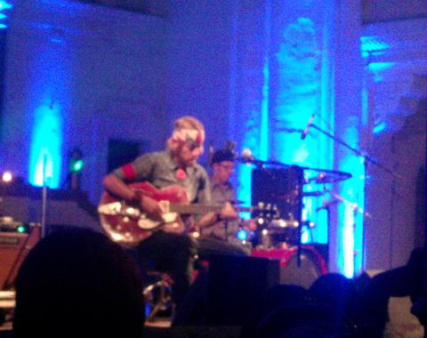 Wovenhand u Novom Sadu: Duhovno putovanje muzikom