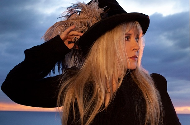 "Stevie Nicks objavila pesmu ""Lady"""