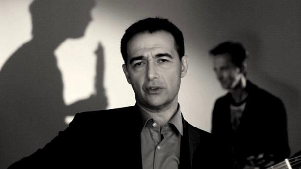 """Vlada Divljan demantuje """"zabrinute"""" medije: """"Inače, uskoro mi izlazi novi singl"""""""