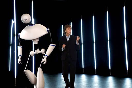Paul McCartney predstavio robota Newmana u novom spotu