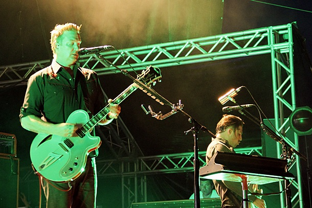Agresivni rifovi i tih vokal na Queens of the Stone Age u Zagrebu