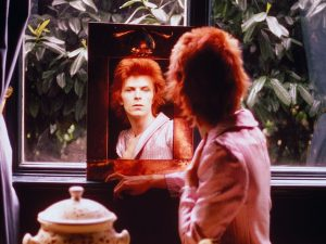 david-bowie-nothing-has-changed-vinyl-cover-art