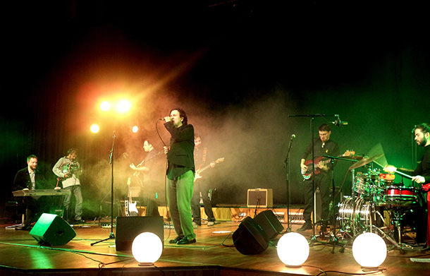 Azil 5 zakazali nastup u Beogradu