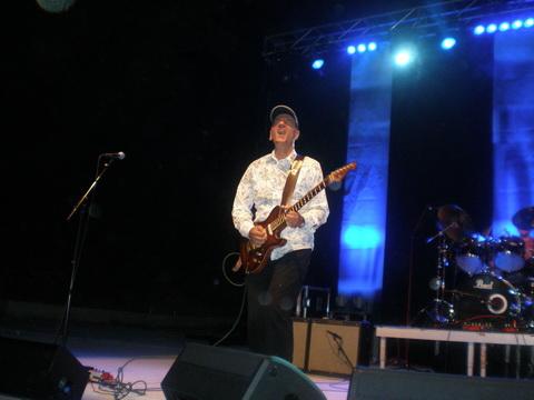Blues Rapsodija - Vlatko Stefanovski Trio i Jan Akkerman oduševili Split