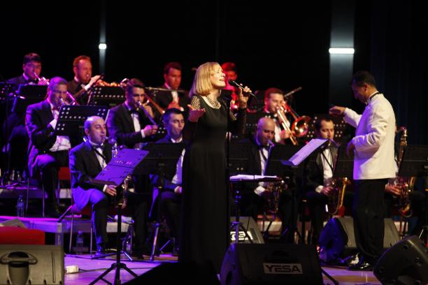 Yildiz Ibrahmova i Eagles of jazz na Nišvilu