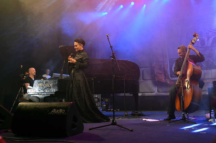 Amira Medunjanin, Bojan Zulfikarpašić i Nenad Vasilić