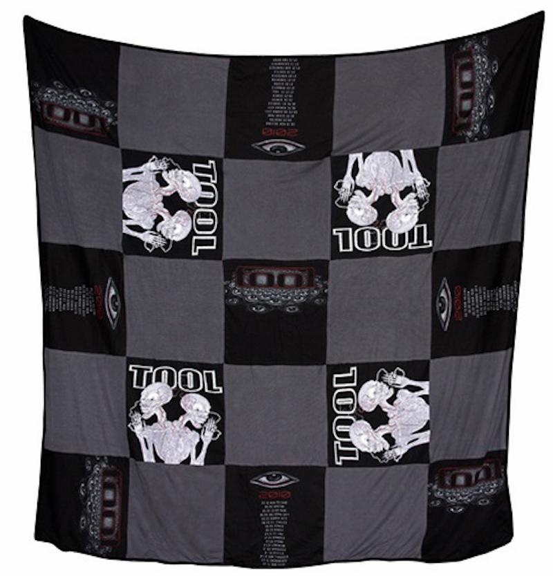 tool-blanket-2
