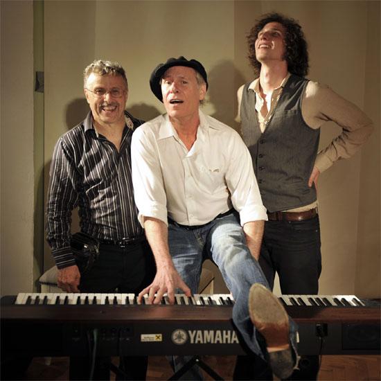 U Zagreb stiže legendarni teksaški blues boogie piano majstor Mike Kindred
