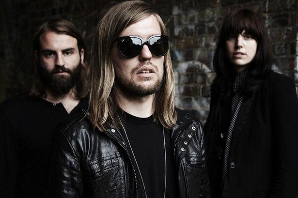 Band-of-Skulls