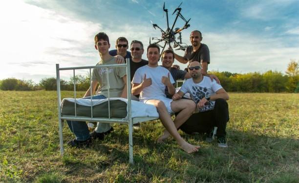 "Ludak u Razvoju objavili spot za ""Nauči me"""