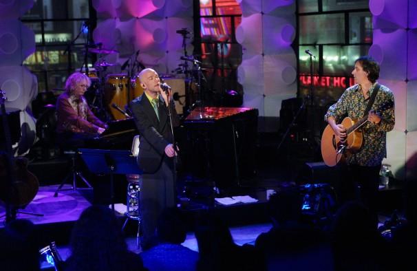R.E.M. izdaju dva unplugged koncerta sa neobjavljenim numerama