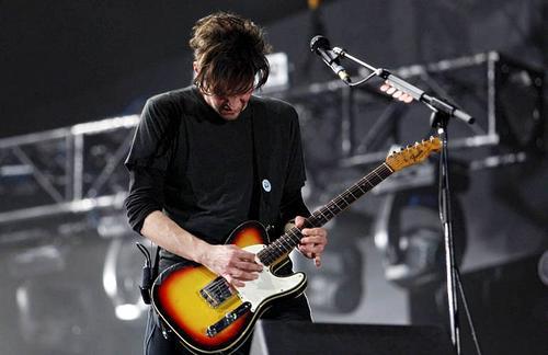 Gitarista Peppersa gostuje na dvije pjesme Tinariwena