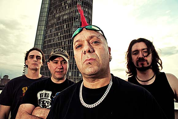 The Exploited reizdali tri albuma