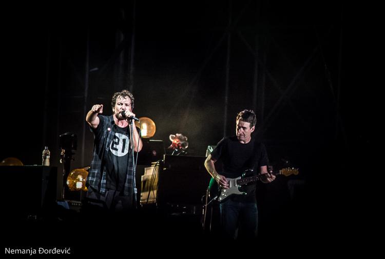 """Pearl Jam objavili dokumentarni film """"Let's Play Two"""""""