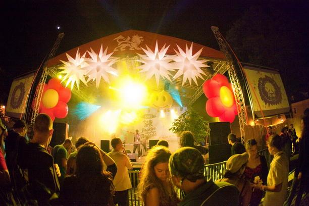 Reggae stage