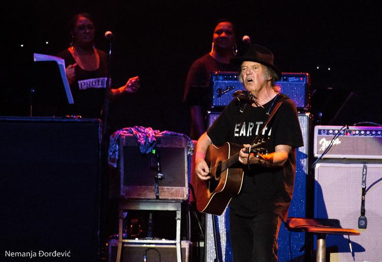 Neil Young and Crazy Horse snimaju novi album