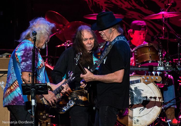 Neil Young & Crazy Horse u Beču: Kroz uragan do srca od zlata