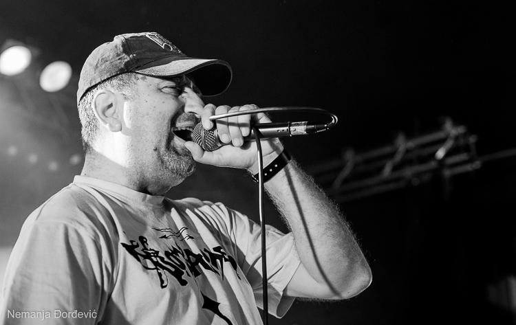 """""""Epitaf"""" najavljuje novi album Bombardera"""