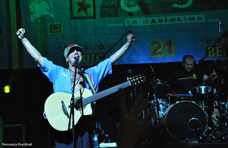 Odobreno još ulaznica za koncert El Chapulin Solo – Manu Chao acoustic u Nišu