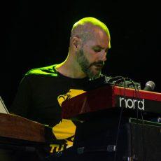 Vasil Hadžimanov Band & Bisera Veletanlić