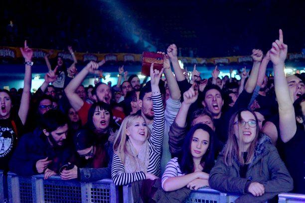 Pozitivan Koncert u Zagrebu – Brkovi i oni ostali