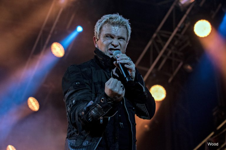 Billy Idol na Gitarijadi: We Cried More, More, More