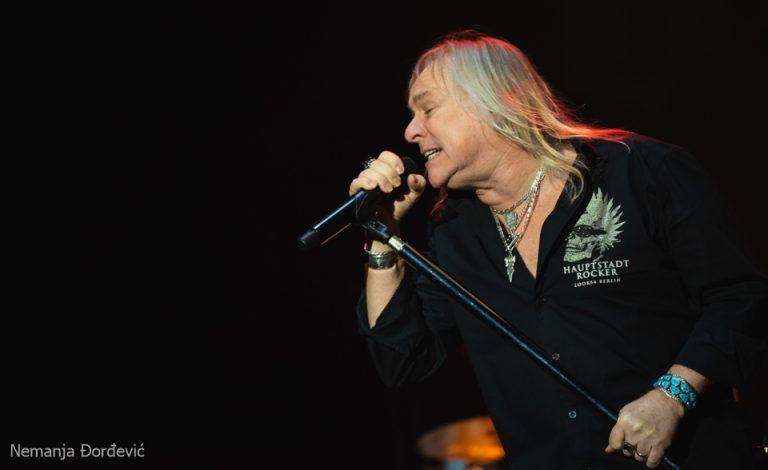 """""""Priđite bliže, ipak je ovo rock show"""" – Uriah Heep u Sava Centru"""