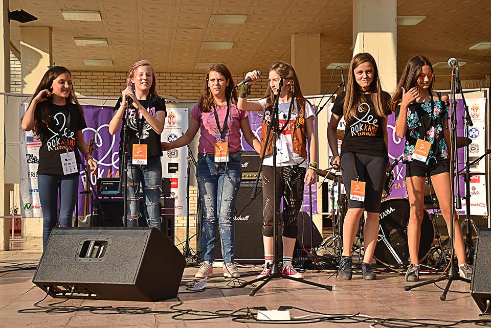 Rok kamp za devojčice u Knjaževcu; Kad devojčice pokažu šta mogu
