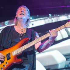 Deep Purple Štar Arena Beograd Monster truck