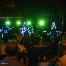 E-Play Bašta kluba Fest Maja Cvetković Zemun koncert fotografije galerija